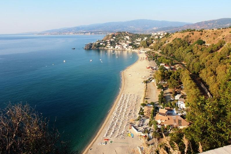 Spiagga Caminia
