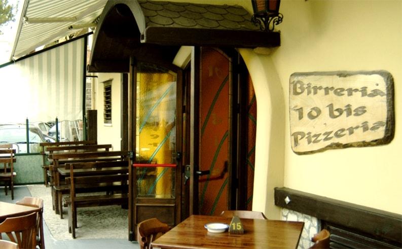 10 bis Birreria Pizzeria
